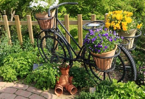 Велосипед с цветами фото