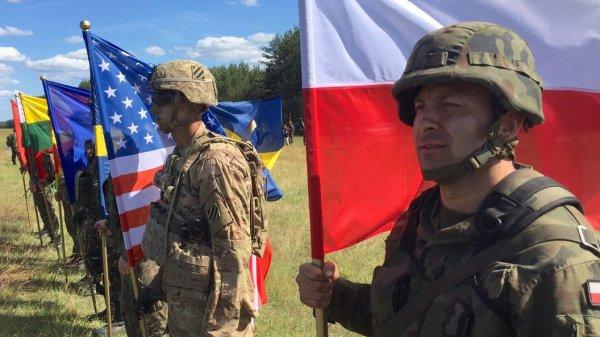 НАТО решила устрашить Россию убедительно