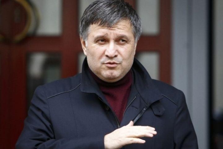 Аваков из-за задержания сына может лишиться поста главы МВД Украины