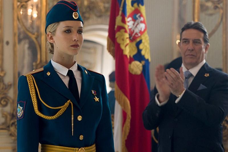 Эти американские звезды не любят Россию. А Вы их?