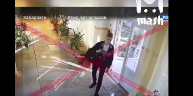 В Сети опубликовали видео взрыва и расстрела в Керченском колледже