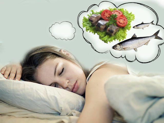 В статье представлено толкование сна и что означает рыба во сне по разным сонникам.
