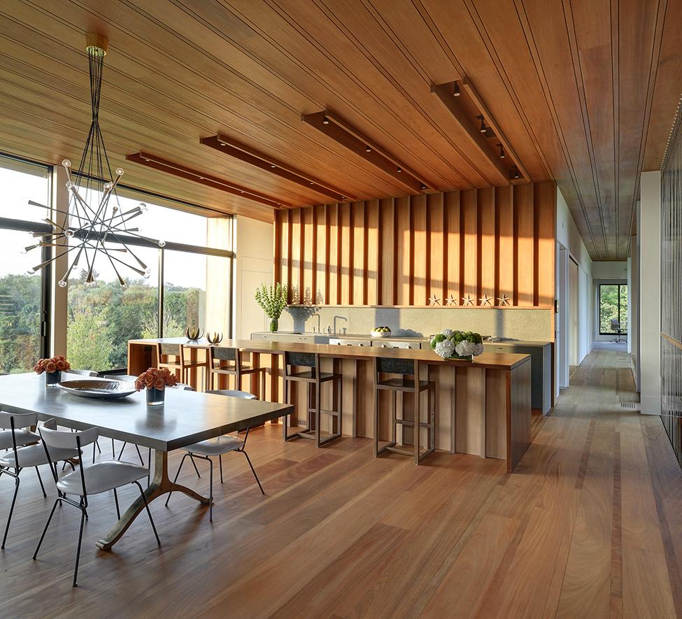 Деревянный особняк в штате Нью Йорк