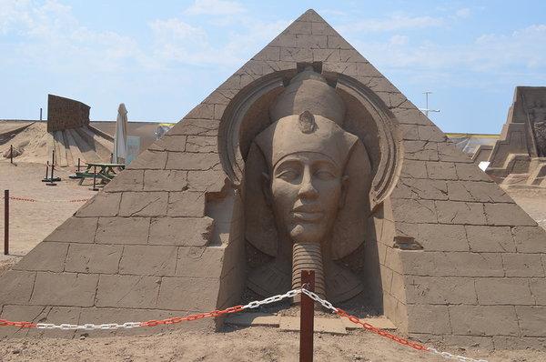 Эхнатон: самый ненавистный фараон Египта