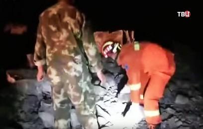 В Китае растет число жертв землетрясения на юго-западе страны