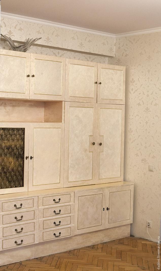 Как обновить мебельную стенку своими руками