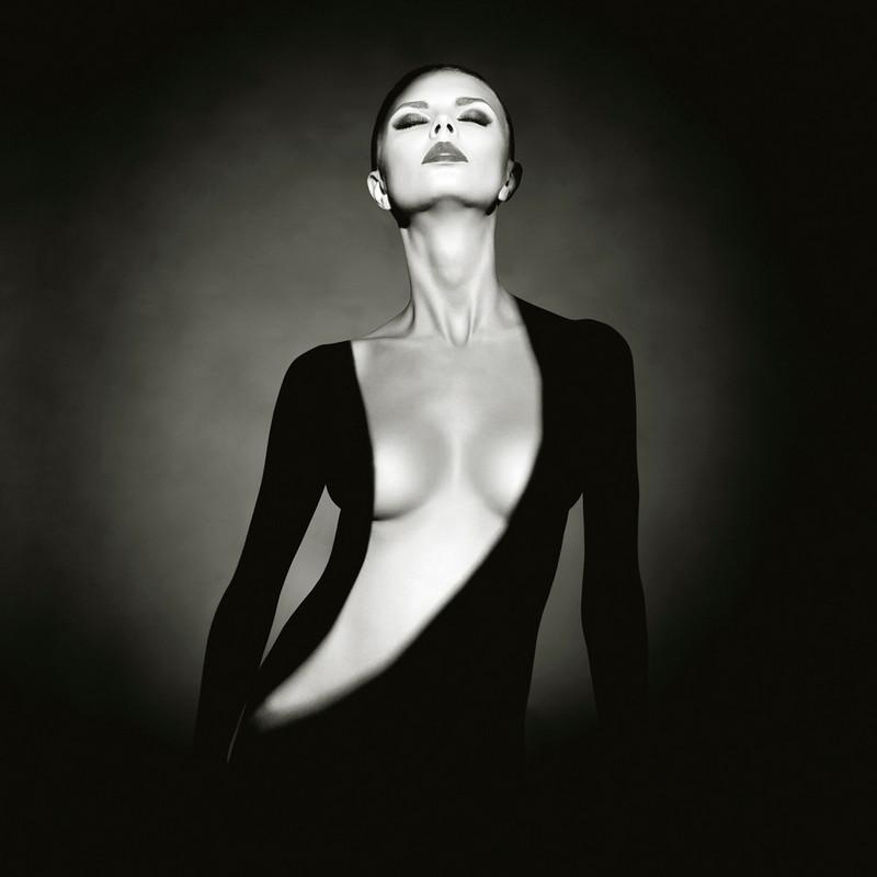 Фотограф Георгий Майер: либидо, мортидо и совершенная женщина
