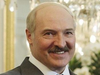 Лукашенко назвал позицию прежнего правительства Белоруссии безмозглой