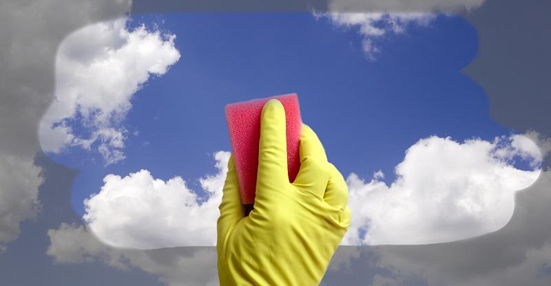 Простое домашнее средство для мытья окон, а главное почти даром