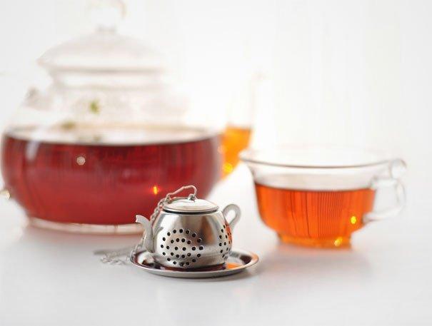 Сеточка для заваривания чая в форме маленького чайничка для заварки