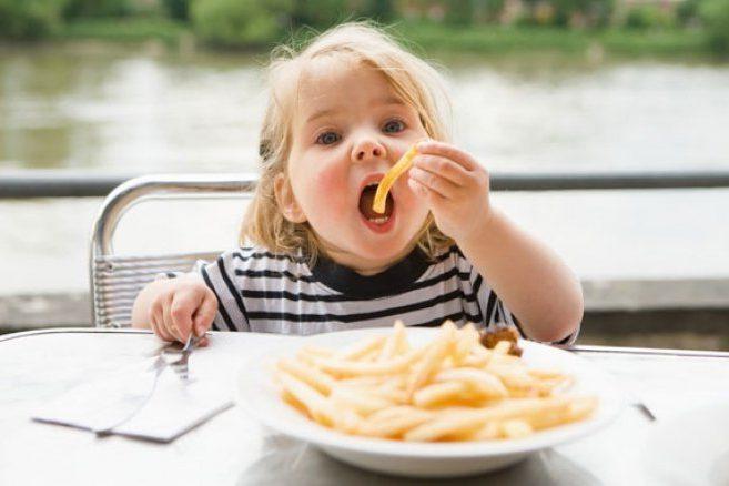 Продукты, опасные для детей до 3-х лет