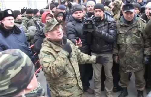 В Киеве начались разборки между бандеровцами, «правосеками» и аваковцами