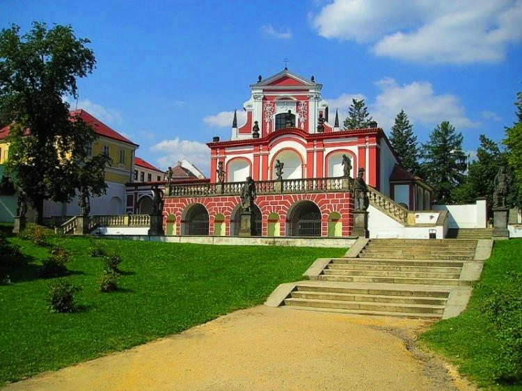 Клаштерец−над−Огрже (Klášterec nad Ohří)