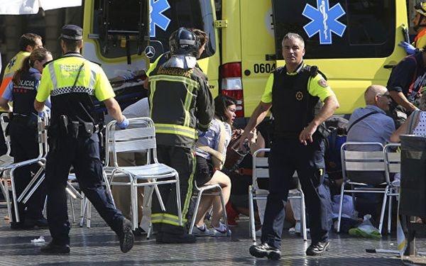 Число пострадавших врезультате теракта вБарселоне превысило 100 человек
