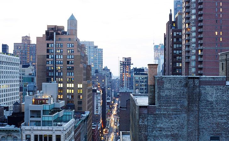 Современный пентхаус с потрясающей террасой в Нью-Йорке