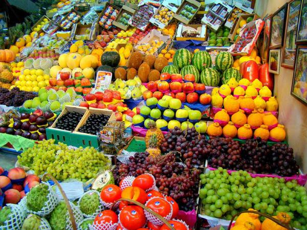 Потребление фруктов и ягод в России
