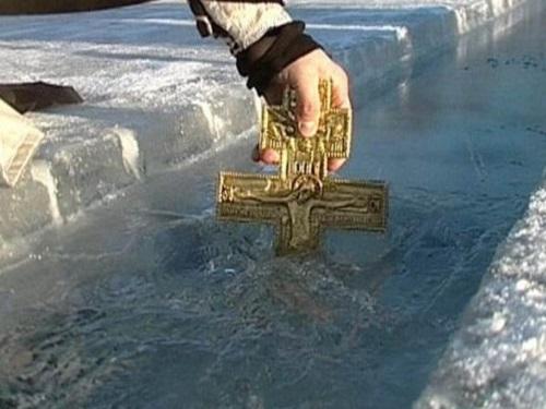 Обряды с крещенской водой: к…