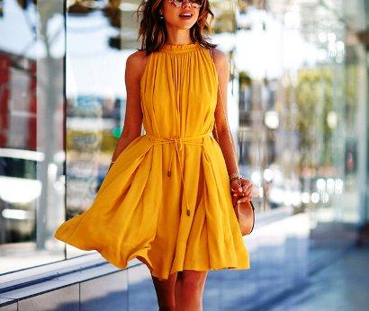 Уличная мода — подборка образов, как носить желтый цвет летом 2017