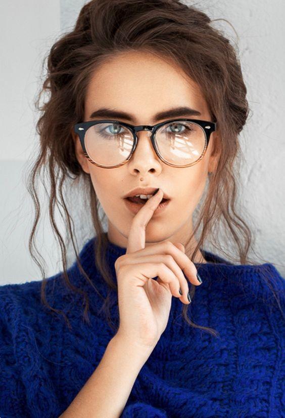 Деталь, которая сбивает с ног своей эротичностью и сексуальностью девушки, красота, очки, притягательность, секуальность