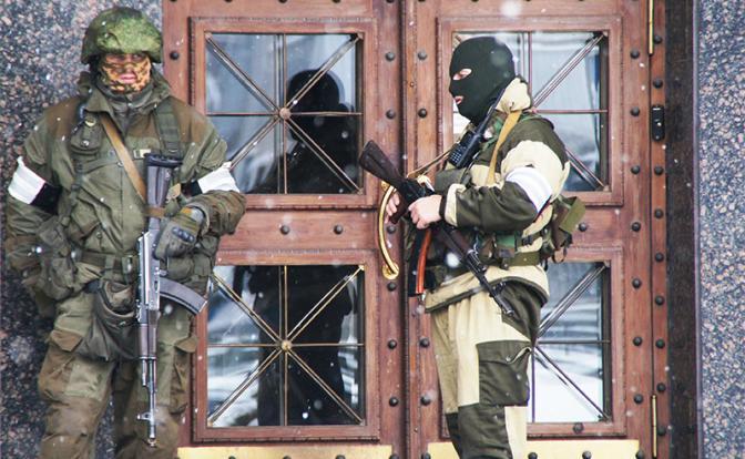 Мятеж в Луганске: Россия уже не может оставаться в стороне. Москве пора подумать над признанием и объединением ЛНР и ДНР