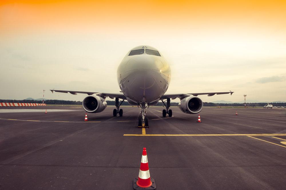 В Красноярске начали проверку после посадки Boeing с трещиной в стекле