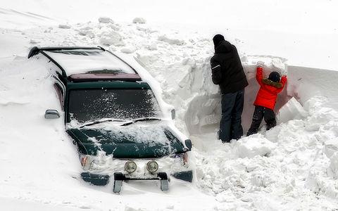 Вот какой снег-то бывает: жители Норильска потеряли в сугробах автомобили