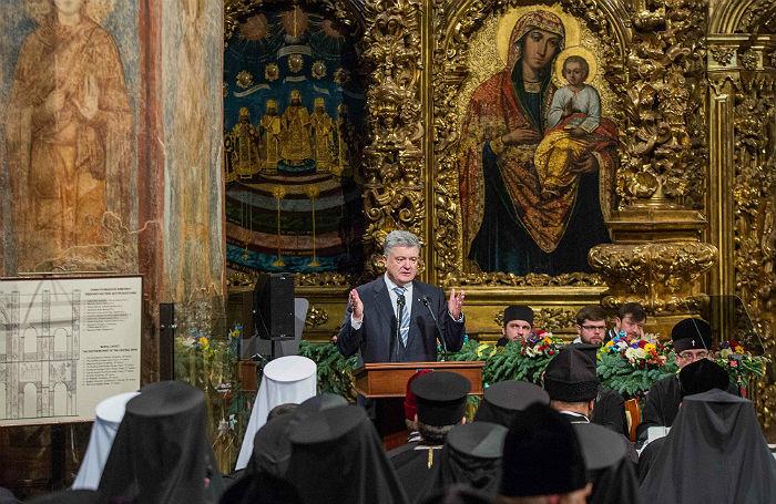 Порошенко объявил о создании независимой православной церкви
