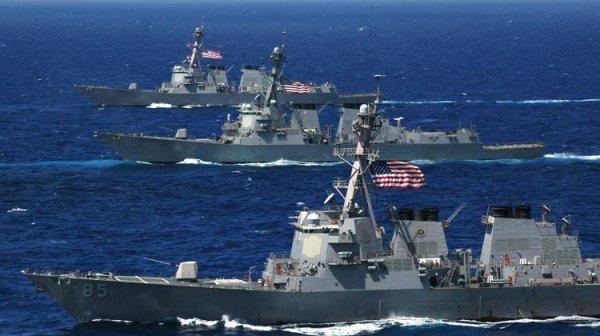 """Пентагон встал в ступор: секретное оружие РФ """"зашвырнуло корабли США"""" на сушу"""