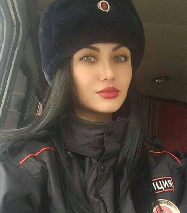 Симпатичные девушки из силовых структур России