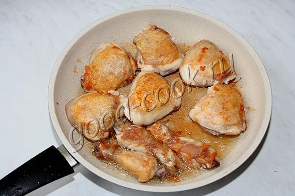 Курица в молочно чесночном соусе грузинская
