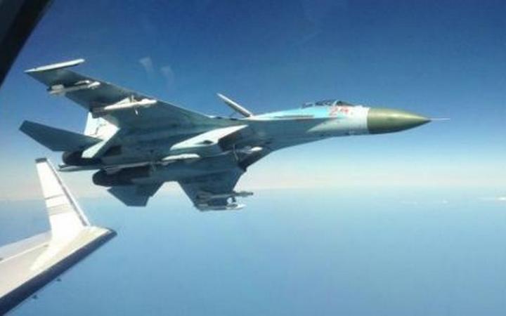 Российский истребитель снова заставил НАТО обмереть