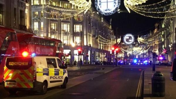 Полиция эвакуирует людей изцентра Лондона, есть сообщения острельбе