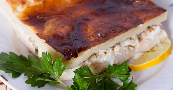 Пирог с сайрой и картофелем