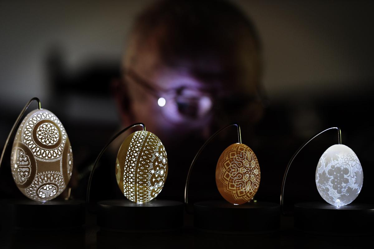 Чудесные узоры на яичной скорлупе Франка Грома