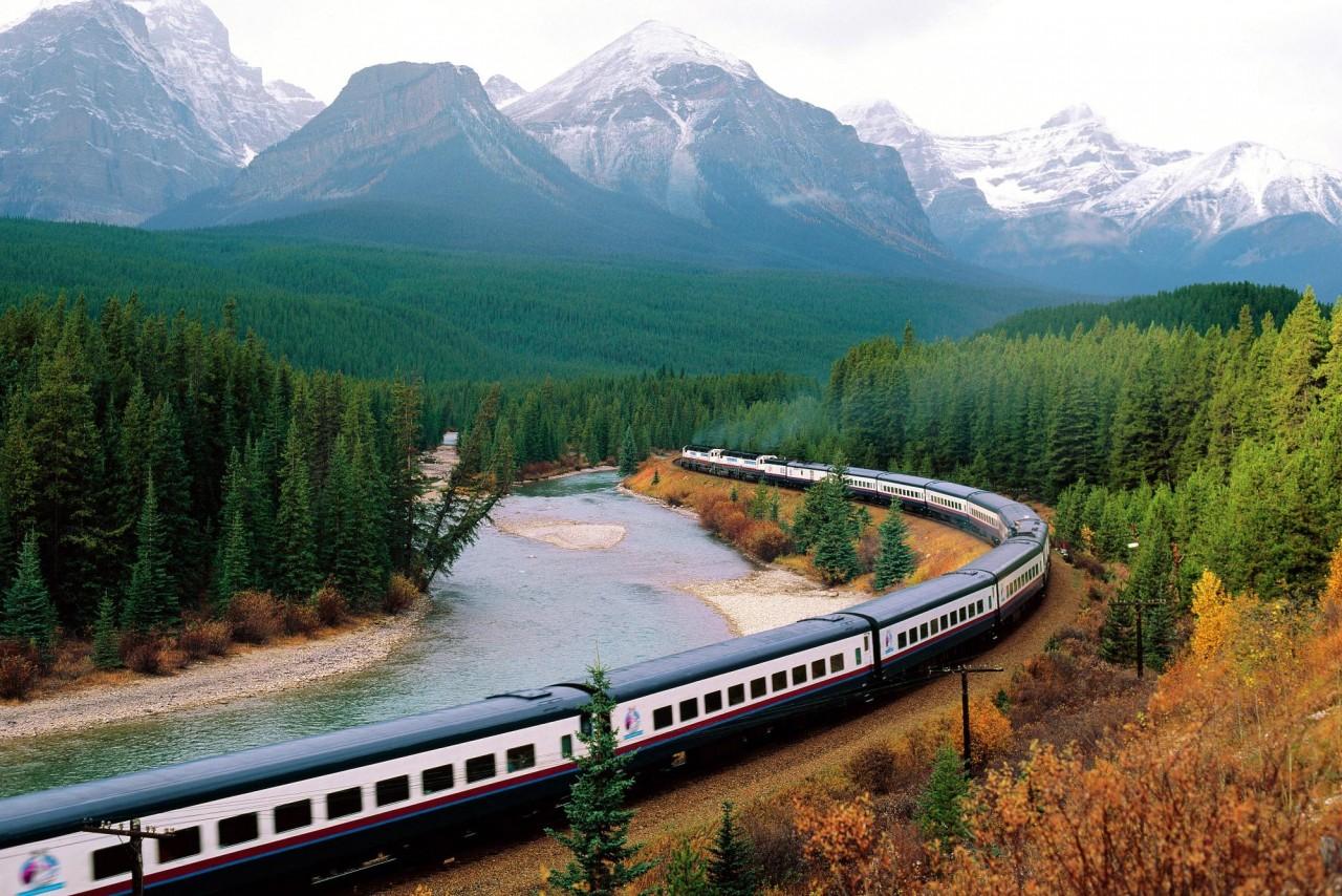 Путешествия поездом: что взя…