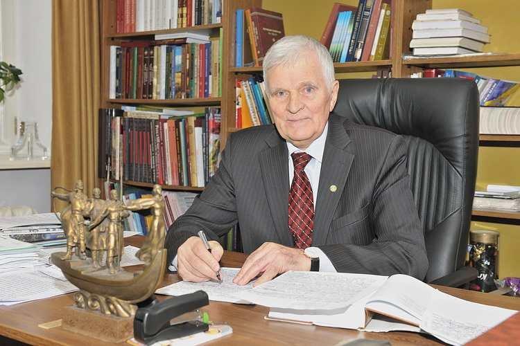 Петр Толочко: «Получив томос, Украина проиграла. Будем надеяться, что временно»