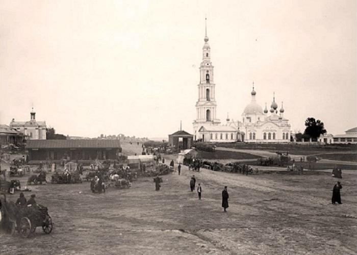 1903 год. Никольский cобор и колокольня