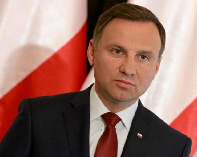Варшава хочет от России газа и денег
