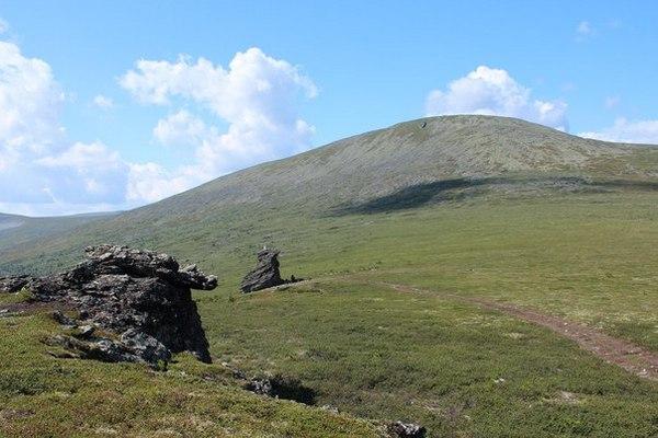 """На перевал Дятлова разрешили ездить на вездеходах. Руководитель """"Космопоиска"""" высказался против такого туризма"""