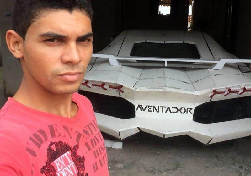 Парень своими руками превратил Fiat в суперкар Lamborghini