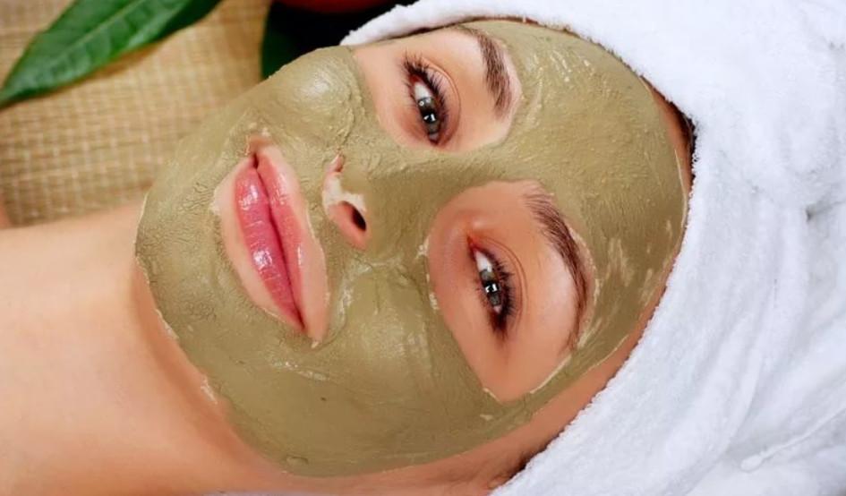 Стоит копейки, продается в любой аптеке: эффективные маски для лица из бадяги