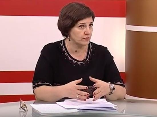 В отставку на огород: Самарский министр призвала молодых мам завести огороды и приготовиться к жертвам