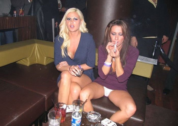 Порочные девушки из ночных клубов.
