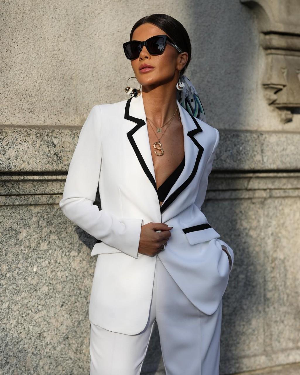 3a3638db9906 Итальянский стиль для женщин возраста за 40 2019-2020 — элегантные идеи для  модниц