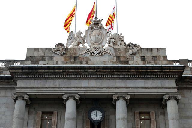 Власти Испании отменят самоуправление Каталонии. Что это значит?