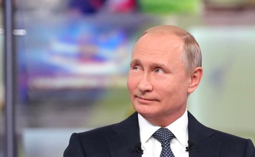 Владимир Путин рассказал об отношении к женщинам в России
