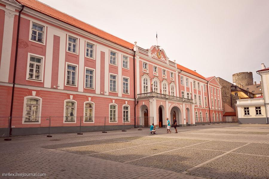 Таллин, Эстония, замок Тоомпеа, Парламент Эстонской республики