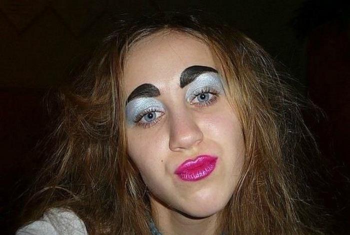 Красота - аццкая сила: девушки, которые крепко облажались с макияжем