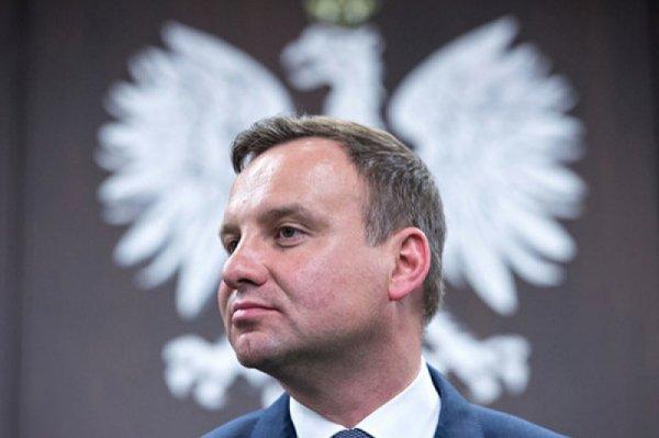 Польский президент задним числом пошел на уступки Украине по «антибандеровскому» закону