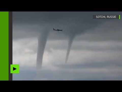 La Dépêche: русский пилот отважно посадил самолёт среди «апокалиптических» торнадо